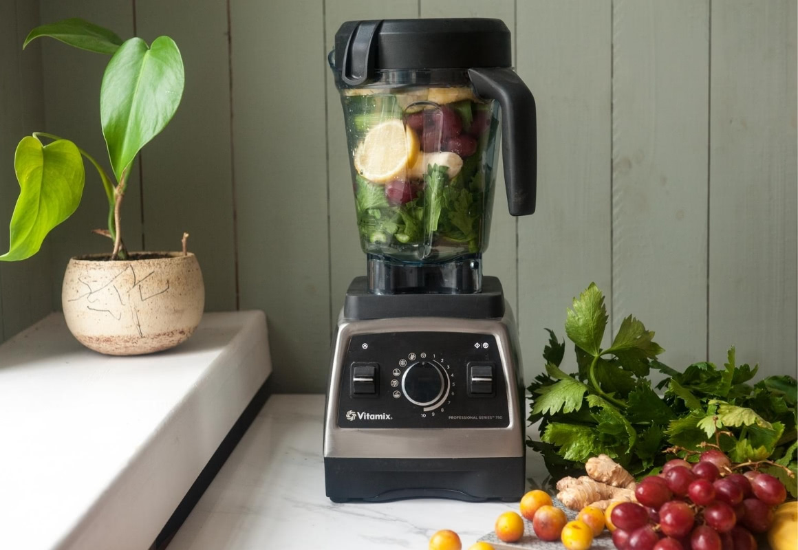 Im Vitamix Pro 750 Grüne Smoothies mixen